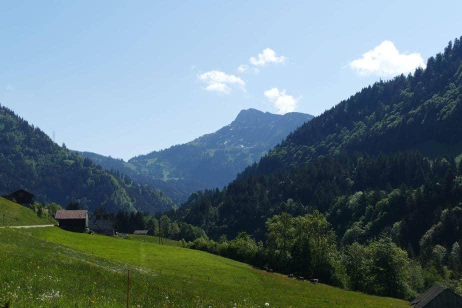Die Steigungen nahmen zu, dafür wurde die Landschaft immer alpiner
