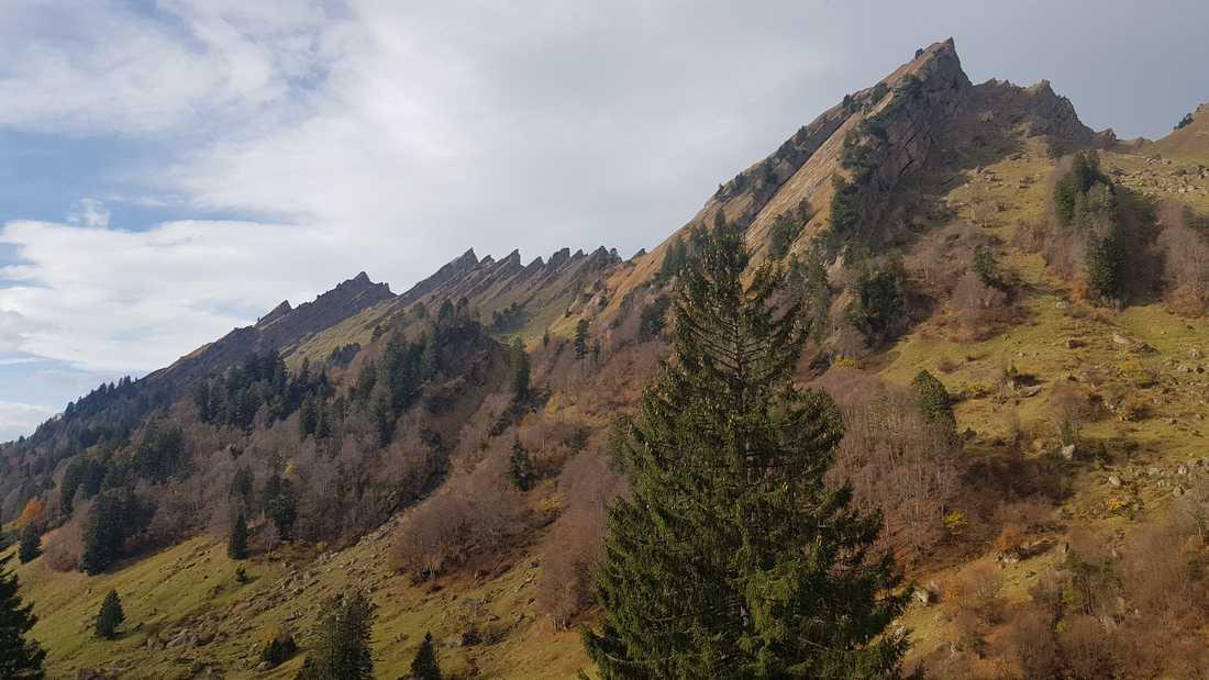 Blick in den Einstieg, um die Bergkette zu überwinden